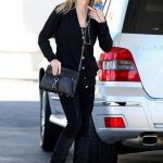 Reese+Witherspoon+wearing+black+stops+off+2aOSIogdTill