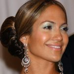 jennifer-lopez-hair-bun