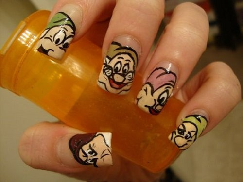 dwarfs_nail_art_designs